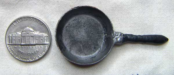 miniature frying pan painted top