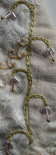 Chain Stitch Vine