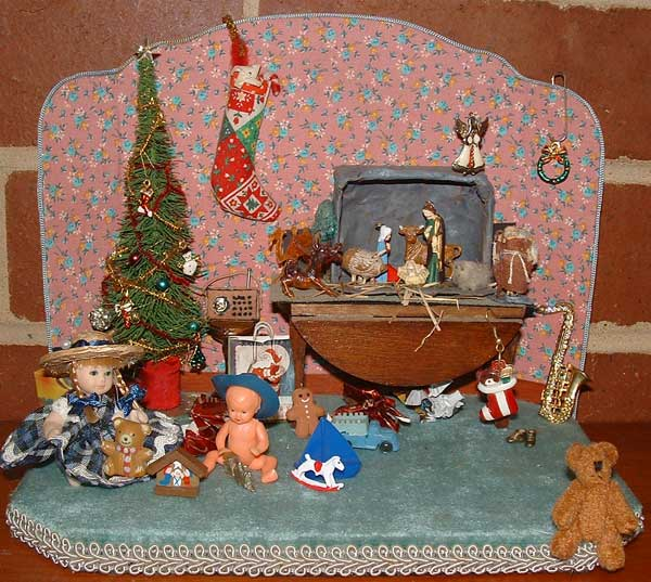 Miniature Christmas Morning Diorama