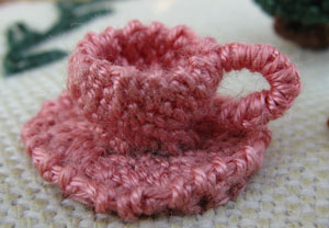 Trellis Stitch Tea Cup