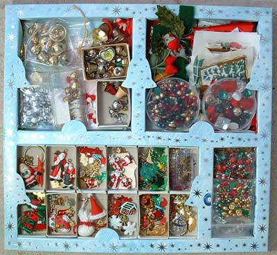 Christmas buttons and charms
